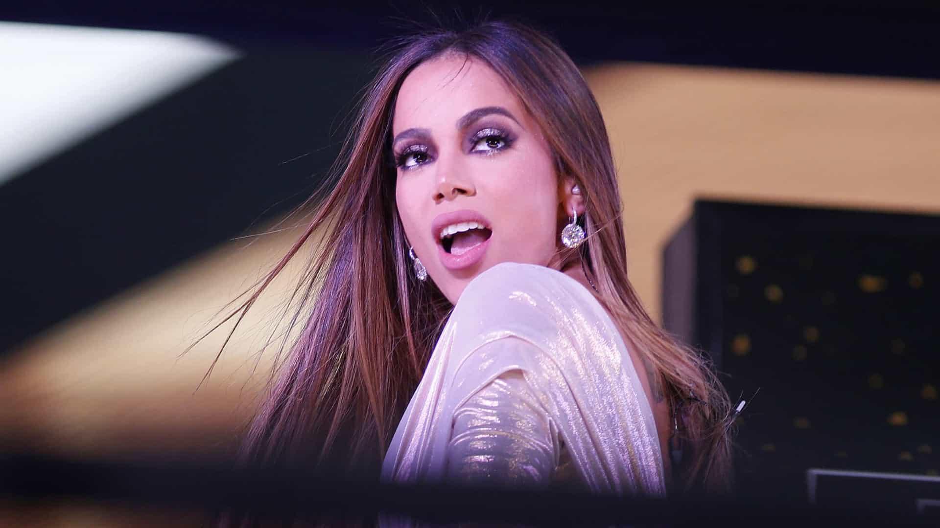 Anitta tem fortuna estimada em R$ 533 milhões, segundo Forbes México
