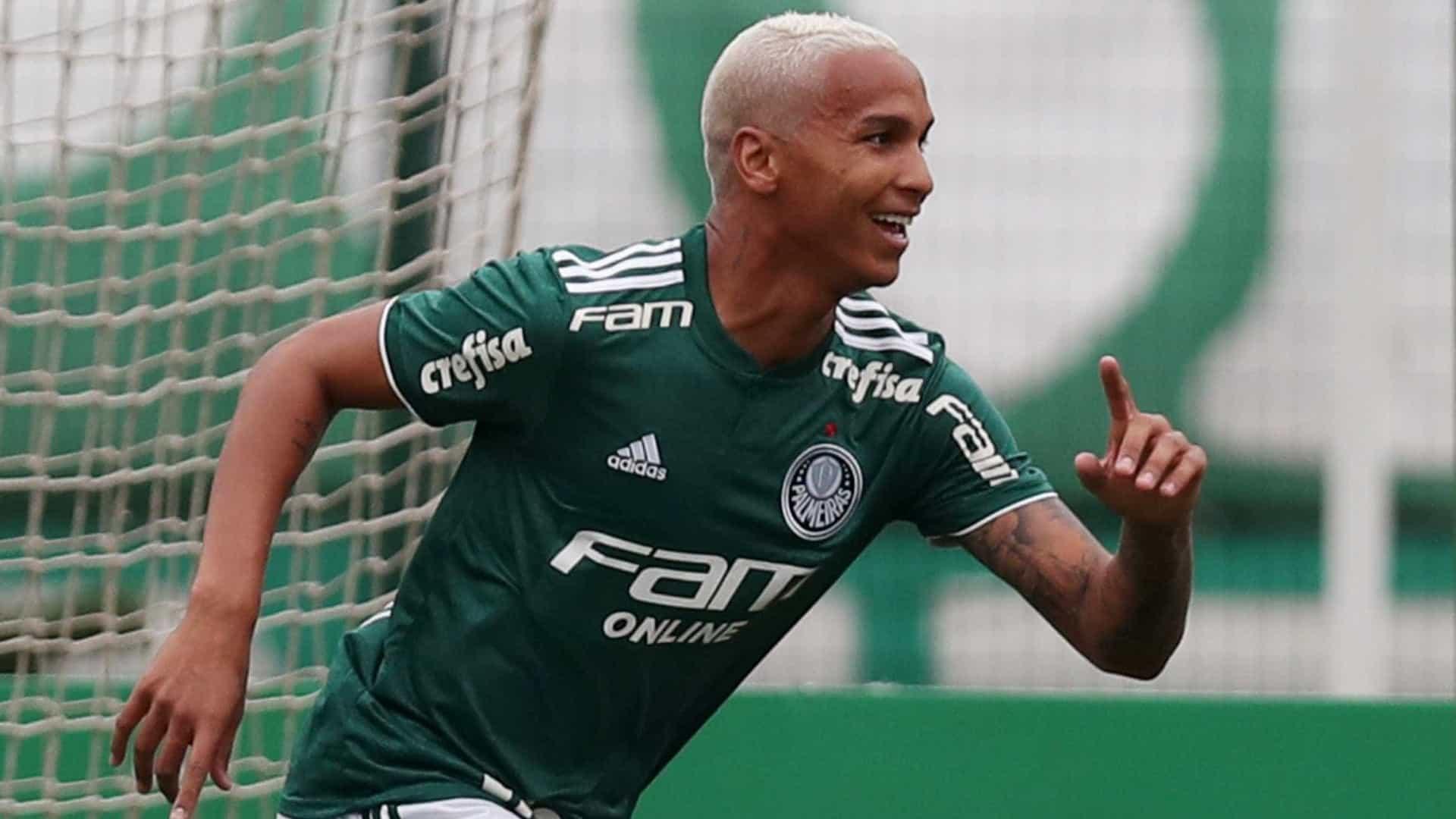 Deyverson se despede do Alavés e Palmeiras estuda reintegrá-lo ao elenco