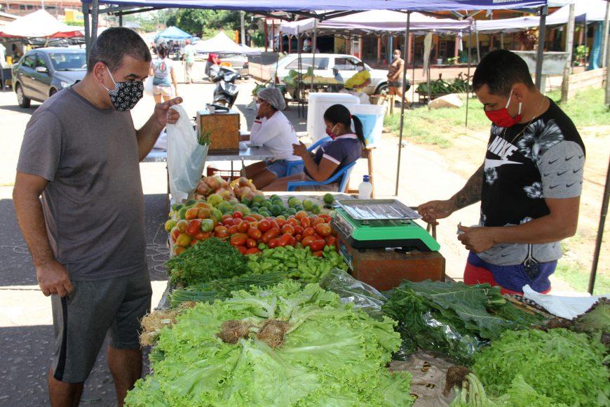 Produtores rurais realizam entrega de produtos alimentícios ao Programa de Aquisição de Alimentos Federal