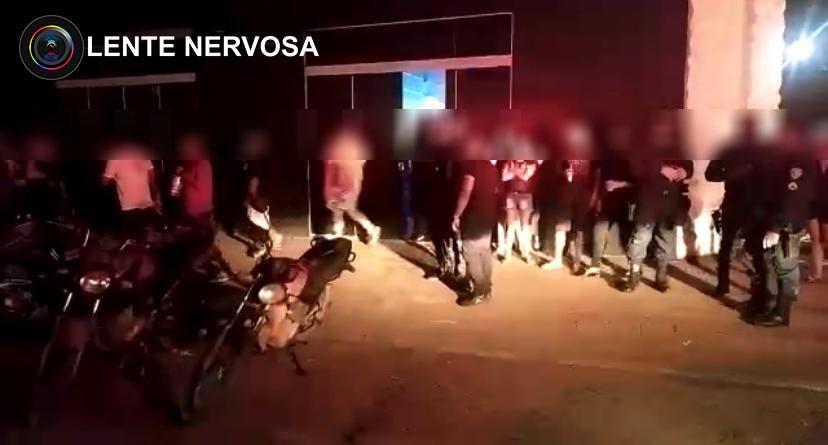 Centenas de jovens são flagrados em boates na capital durante fiscalização – VEJA O VÍDEO