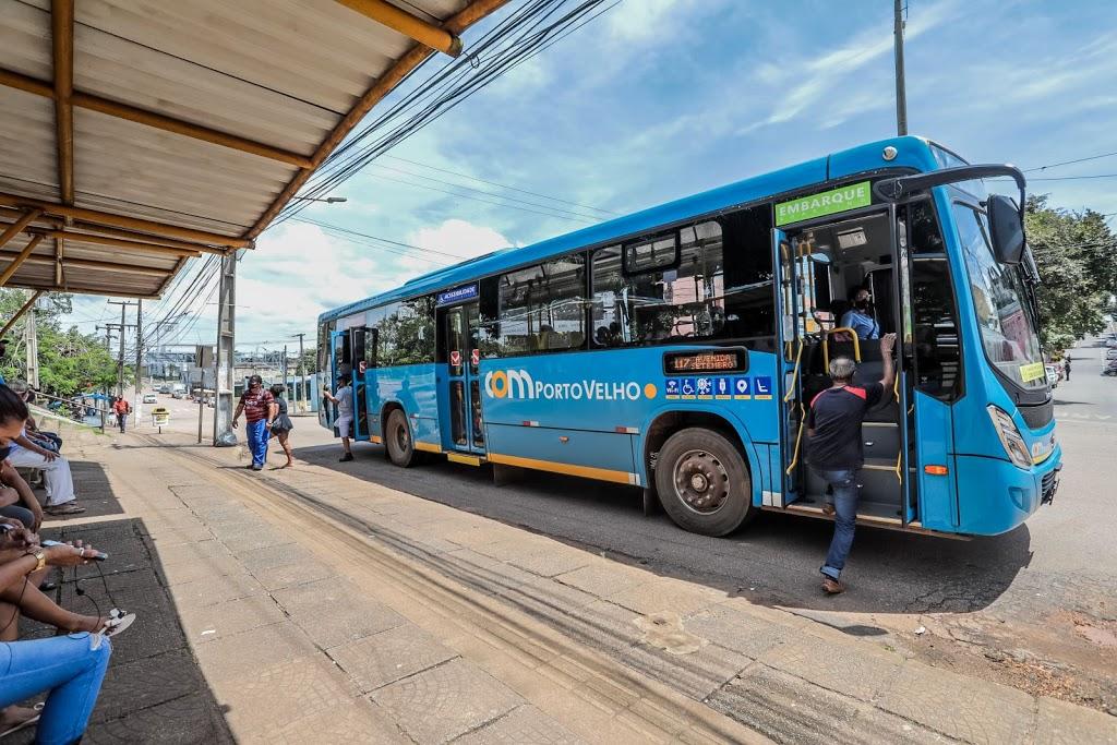 Tarifa a R$1 no transporte coletivo começa a valer na segunda-feira (10)