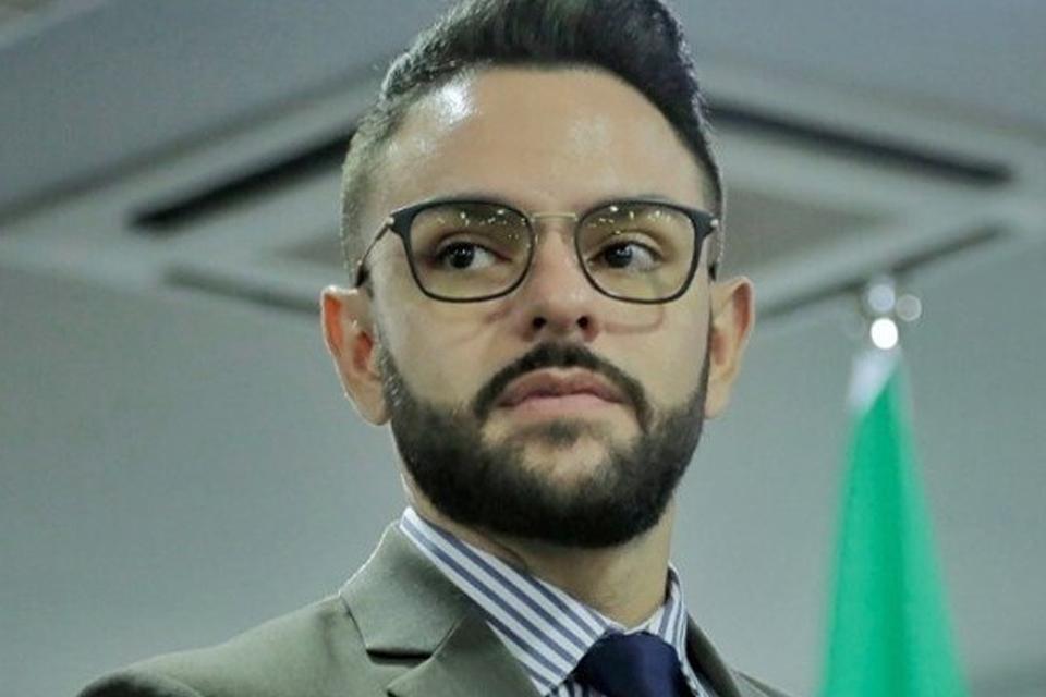 Secretário Júnior Gonçalves é afastado do cargo por 180 dias