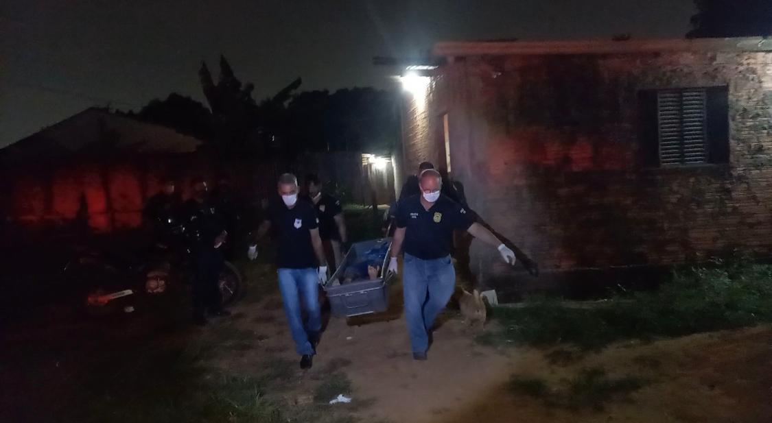 Três jovens são executados a tiros no Bairro Teixeirão – VEJA VÍDEO