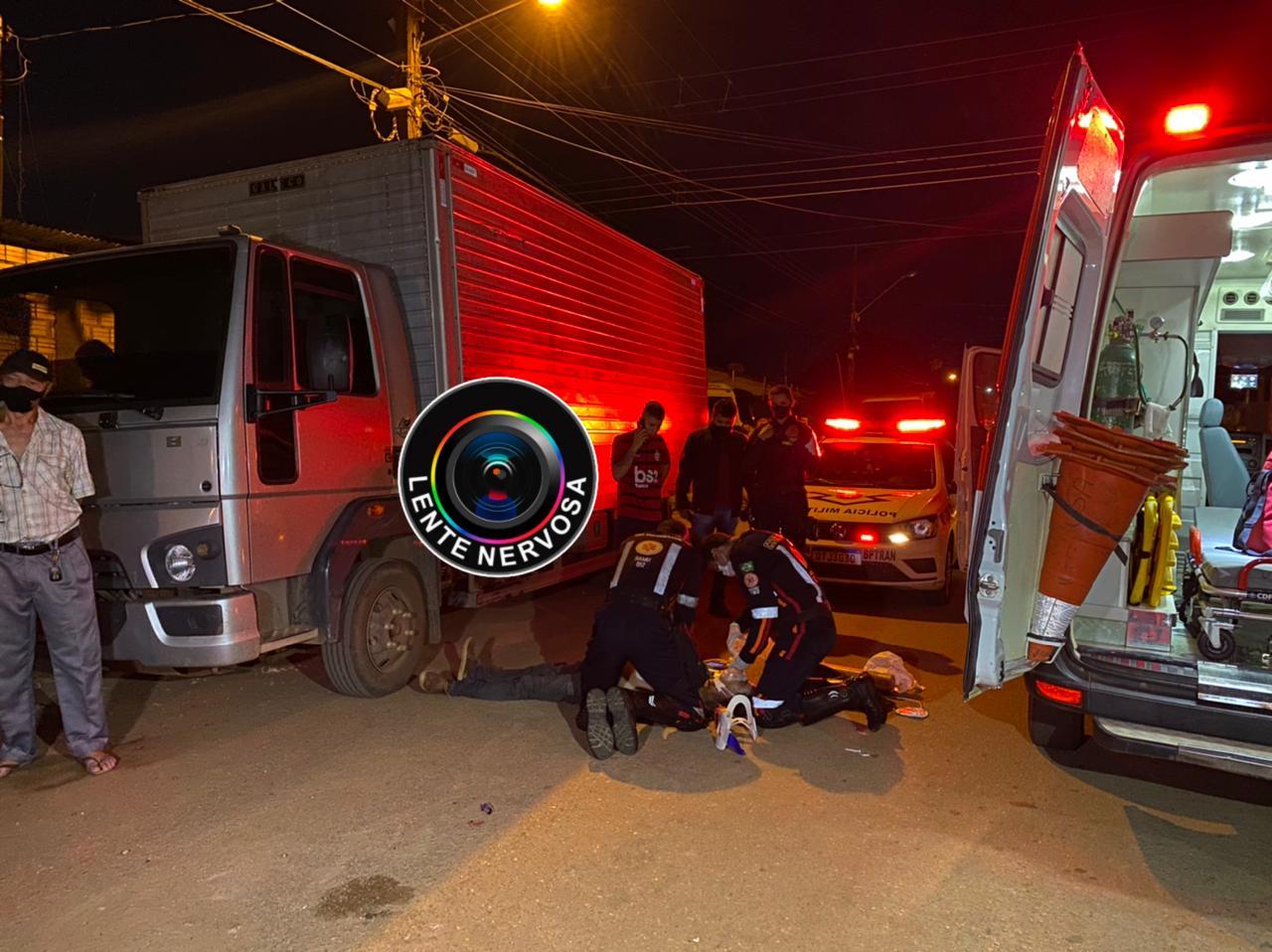 URGENTE – Socorristas do Samu tentam reanimar homem atropelado por motoboy na zona leste da capital
