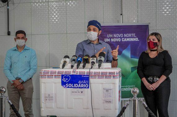 Rondônia recebe 35.330 doses de vacinas contra a covid-19; primeira remessa da Janssen chega ao Estado