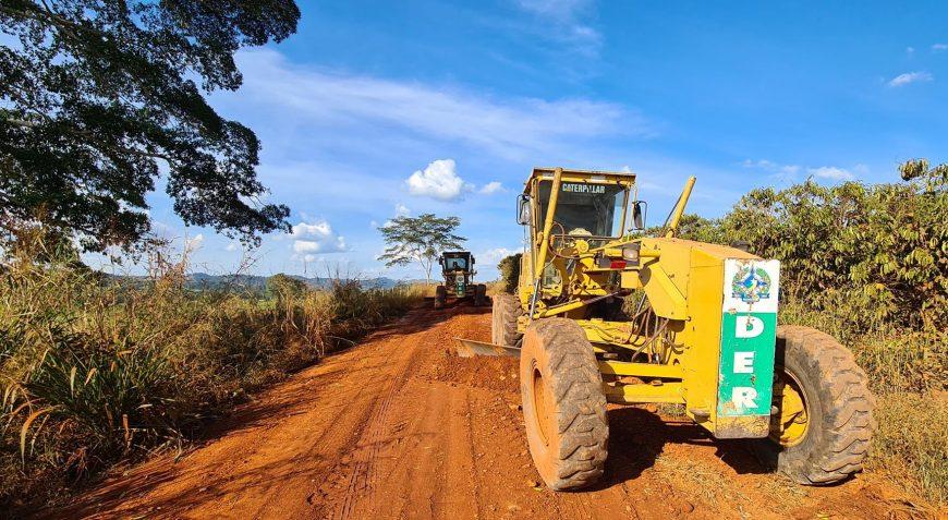 Governo executa patrolamento na RO-383 que interliga Alta Floresta ao distrito de Nova Gease