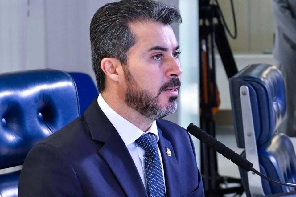 Senador de Rondônia volta ao noticiário nacional por alugar casa da ex-mulher como escritório político