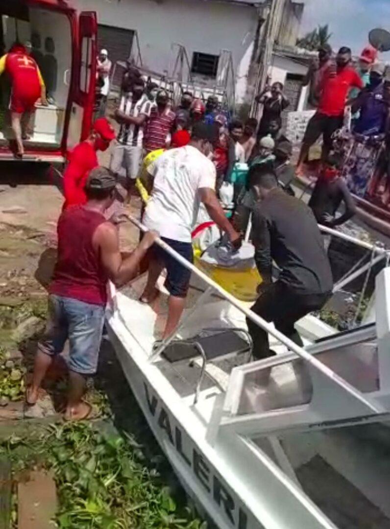 BÁRBARO – Índio estupra criança, mata e amarra o corpo no fundo do rio