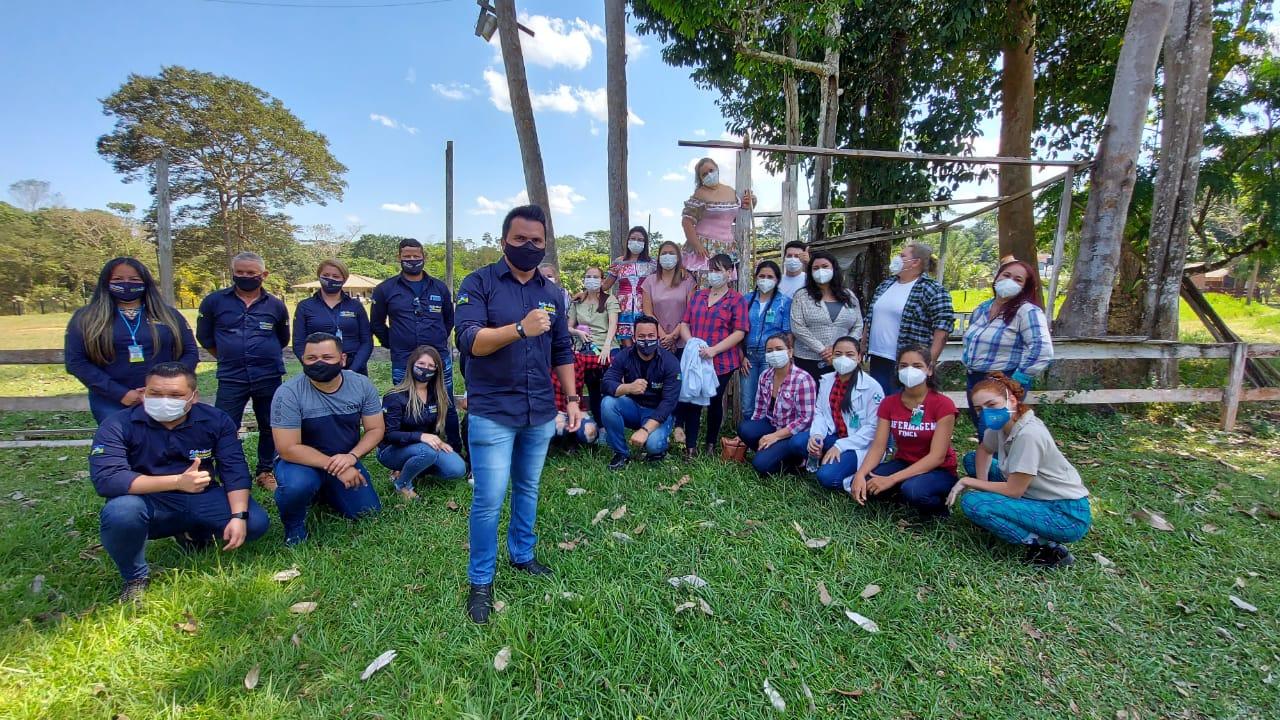 Vereador Edimilson Dourado realiza ação social na Colônia Viçosa