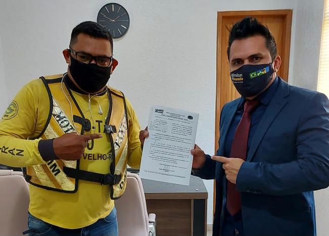 COVID – 19 – Projeto de Lei do vereador Edimilson Dourado inclui bancários, frentistas, motoboys, motofretistas, feirantes e eletricistas em grupo prioritário de vacinação