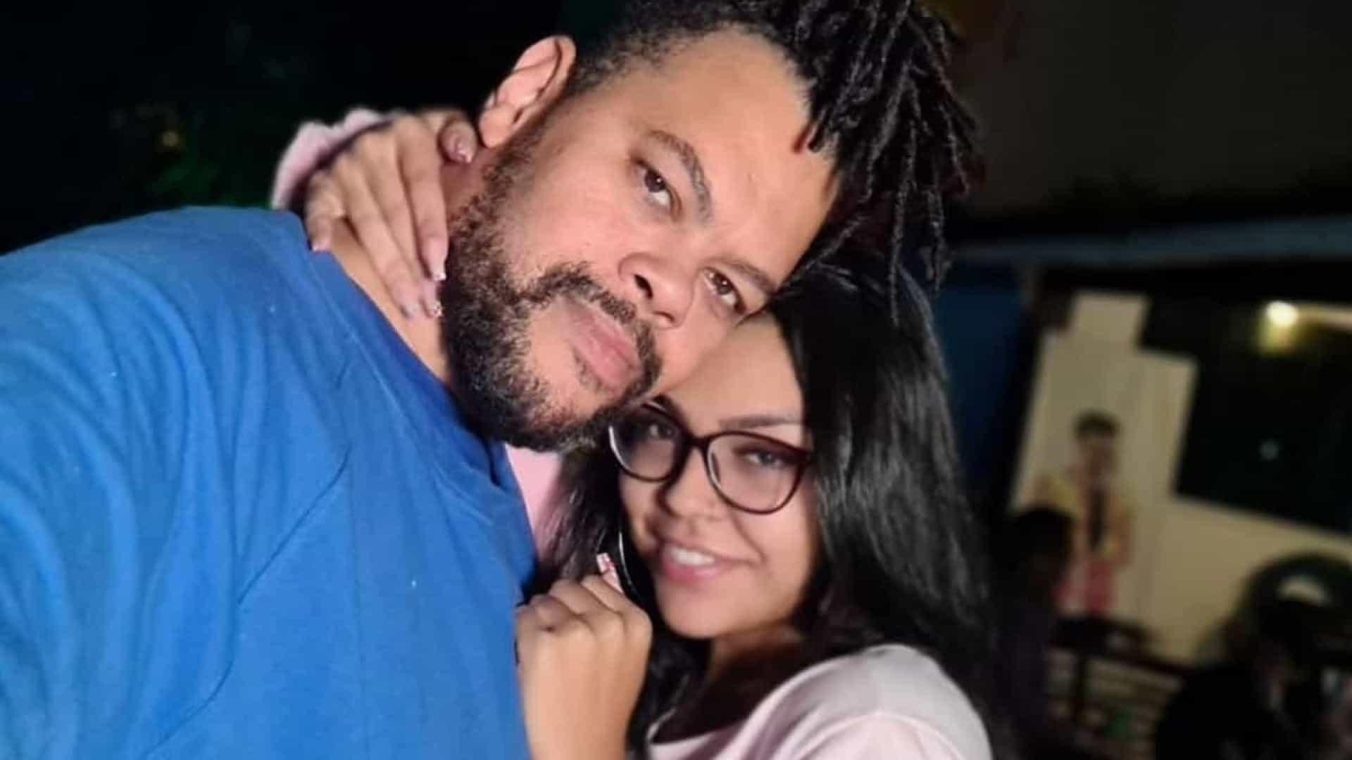 Babu Santana confirma namoro com jovem que era fã dele no BBB