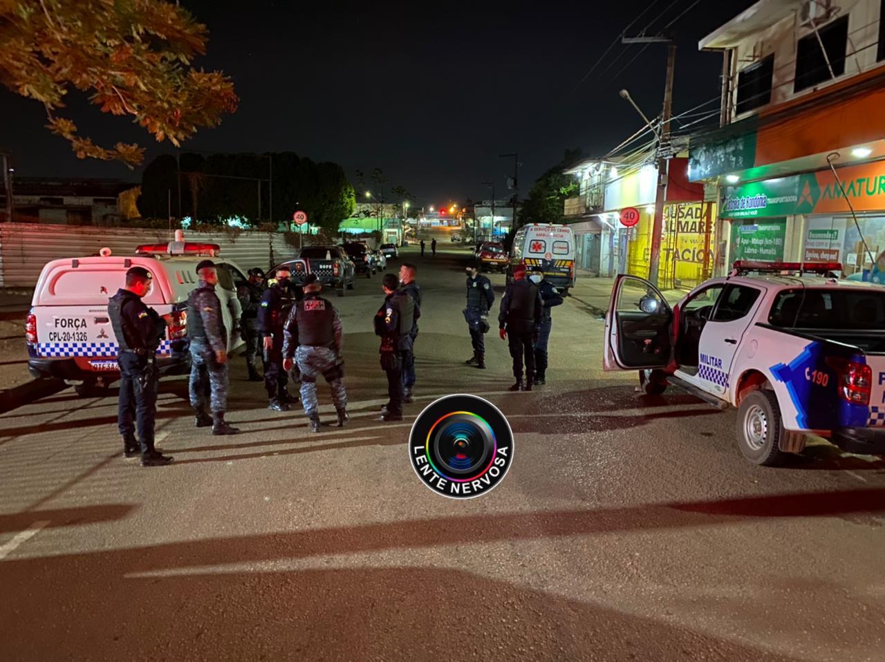 AGORA – Polícia negocia rendição de homem armado trancado em quarto de hotel