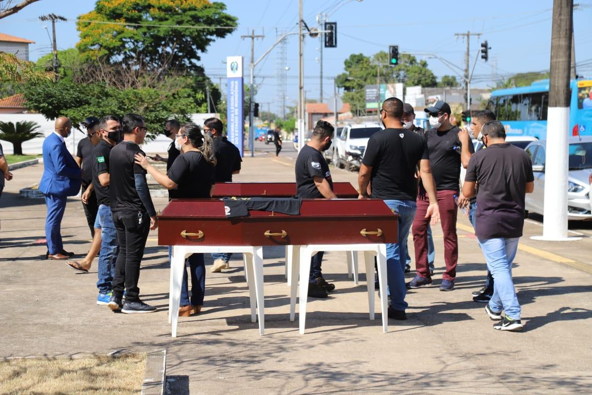 Revoltados: Policiais Penais de Rondônia realizam manifestação em frente a ALE/RO