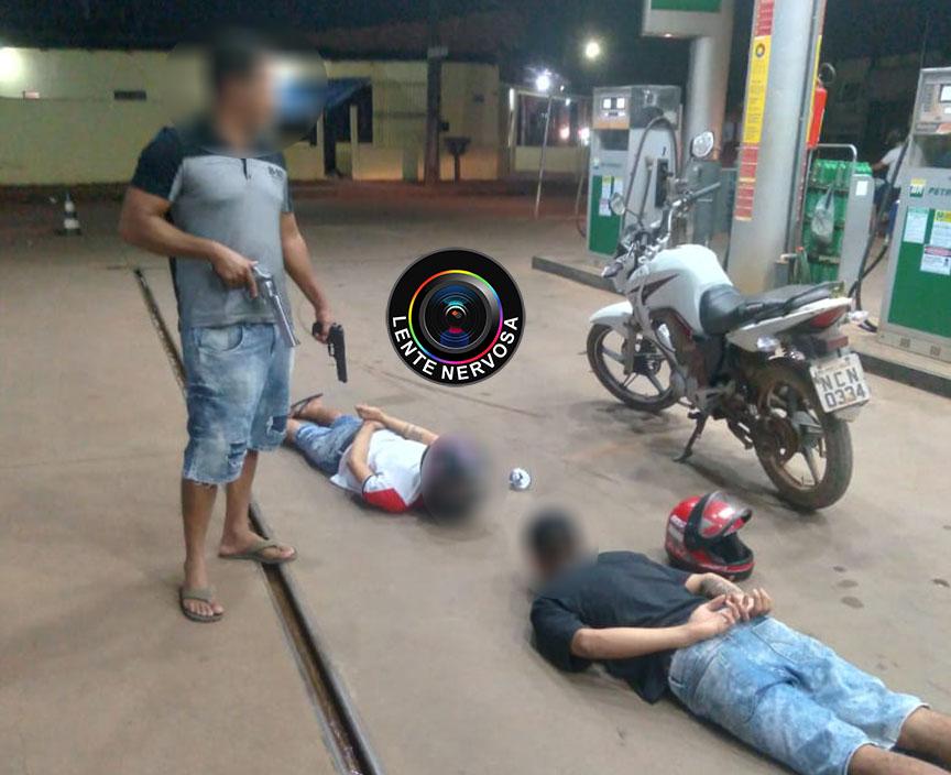 Criminosos tentam assaltar com arma de brinquedo, mas são detidos por policial de folga
