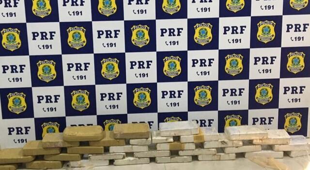 PRF apreende 30 quilos de cocaína em Ji-Paraná