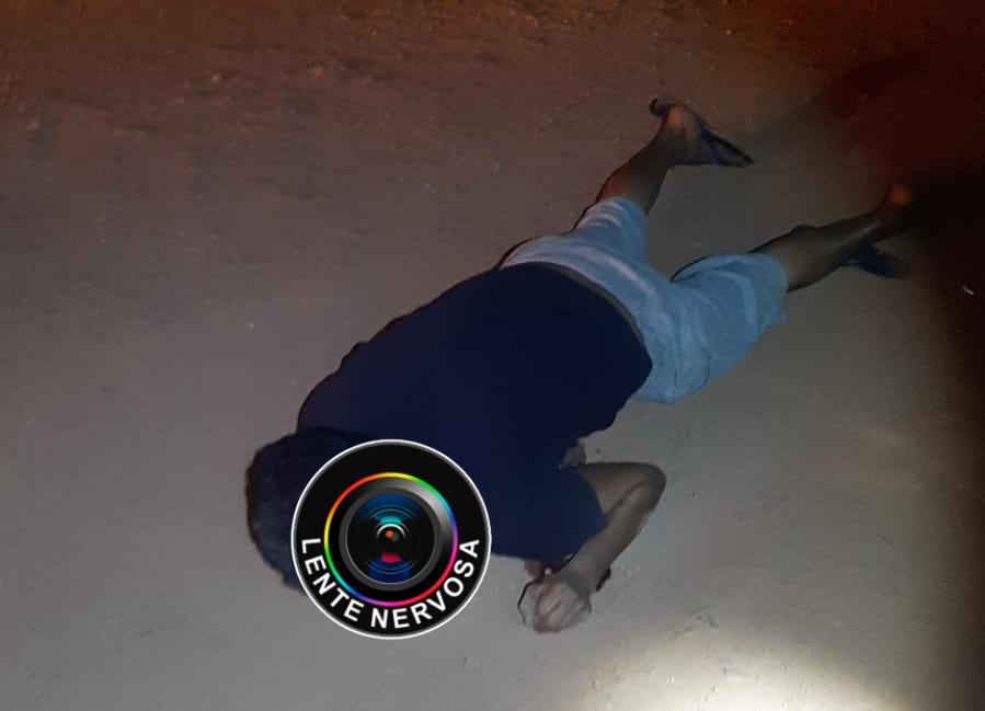 URGENTE – Homem é executado a tiros na zona leste da capital; VEJA VÍDEO