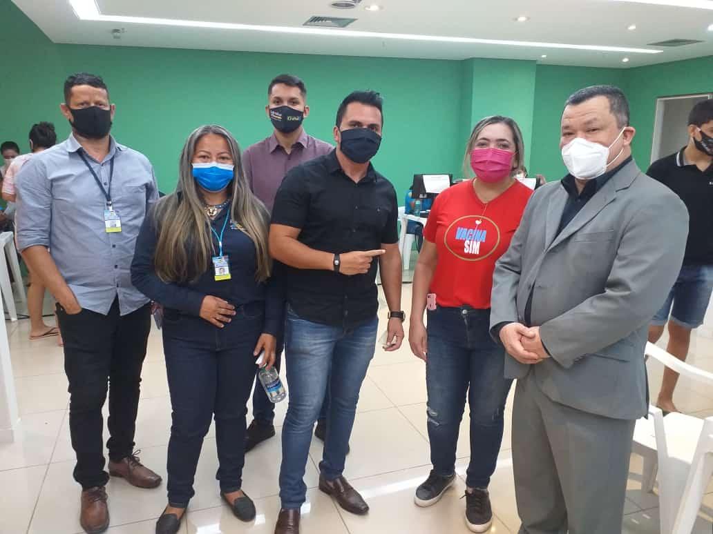 Vereador Edimilson Dourado acompanha vacinação no Porto Velho Shopping
