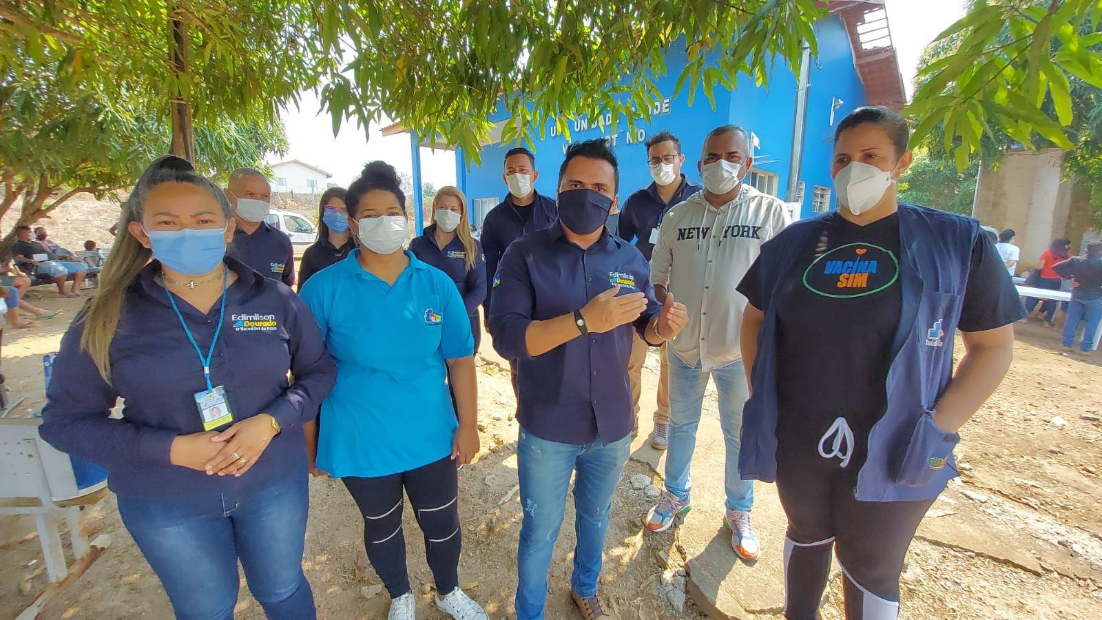 EXTRA MURO – Vereador Edimilson Dourado e equipe realizam ação social na Vila Nota de Teotônio