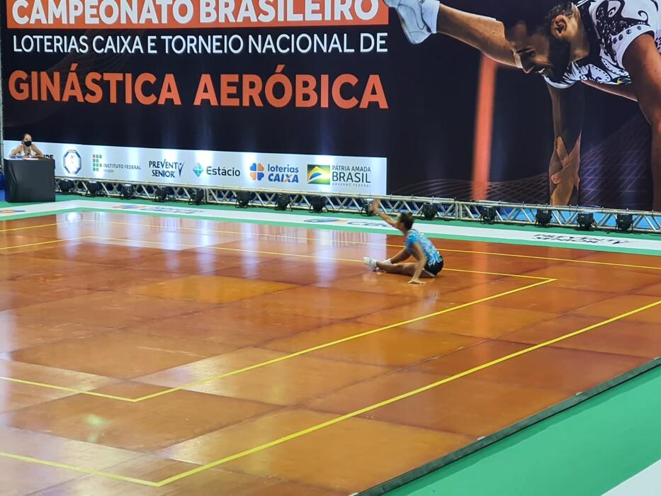 Atletas de Porto Velho dão show na ginástica aeróbica em Aracaju
