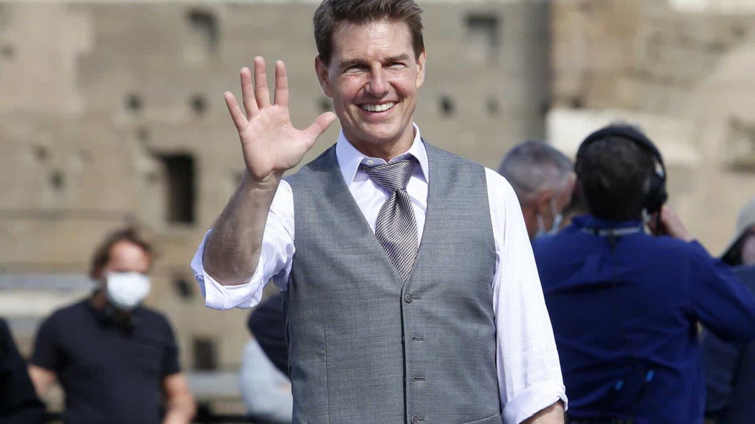 Flagra de Tom Cruise por paparazzi viraliza na web