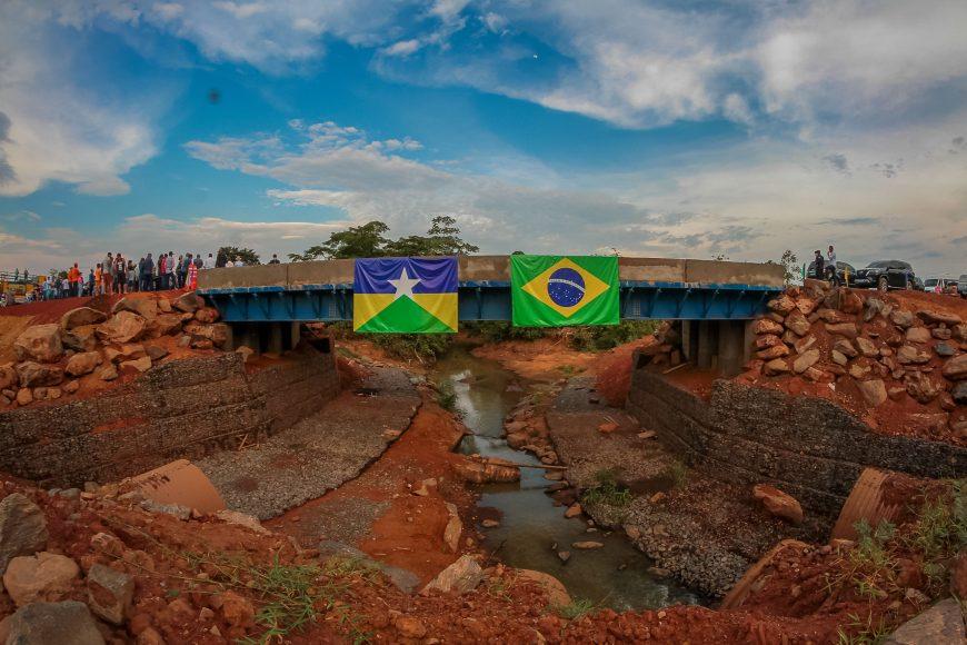 Governo de Rondônia garante segurança no tráfego com nova ponte de concreto entre Jaru e Governador Jorge Teixeira