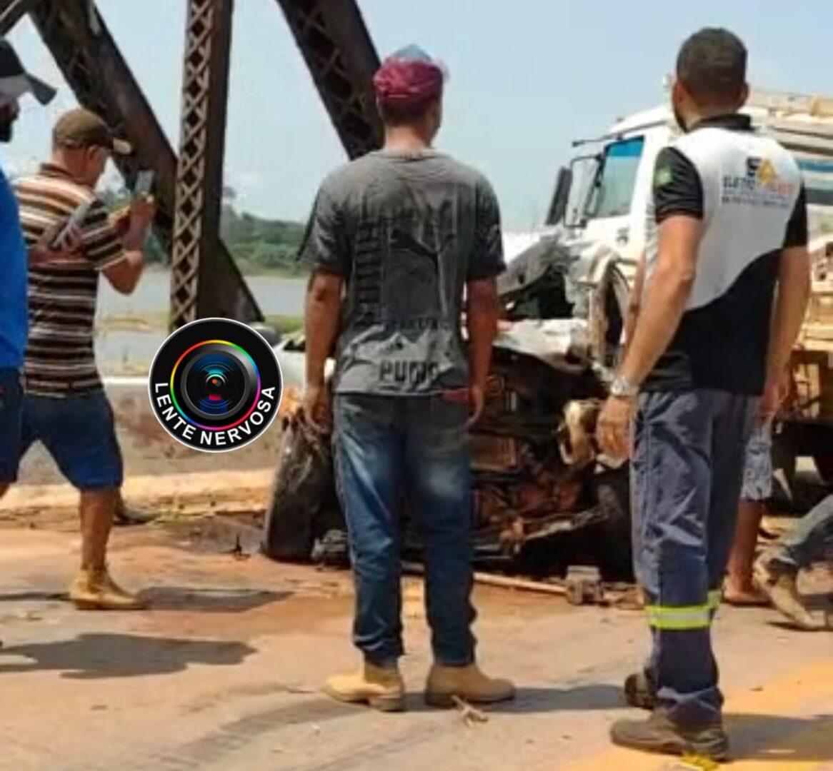 URGENTE – VÍDEO : Vítima fica presa às ferragens em grave acidente na ponte de Jaci-Paraná
